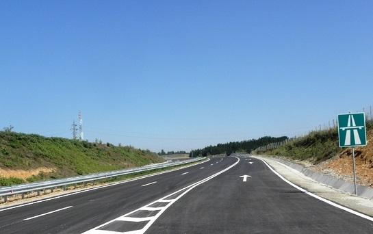 """Завършиха ремонтните дейности и в участъка между 129-ти и 135-ти км на АМ """"Тракия"""""""
